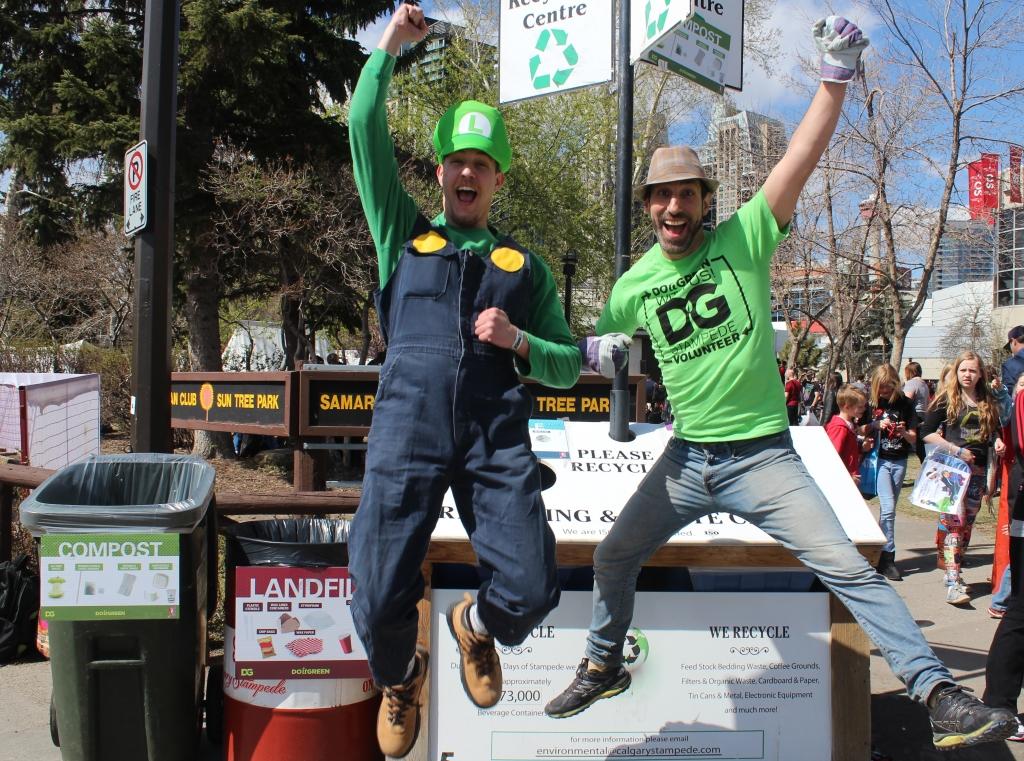 Leor & Luigi Jumping